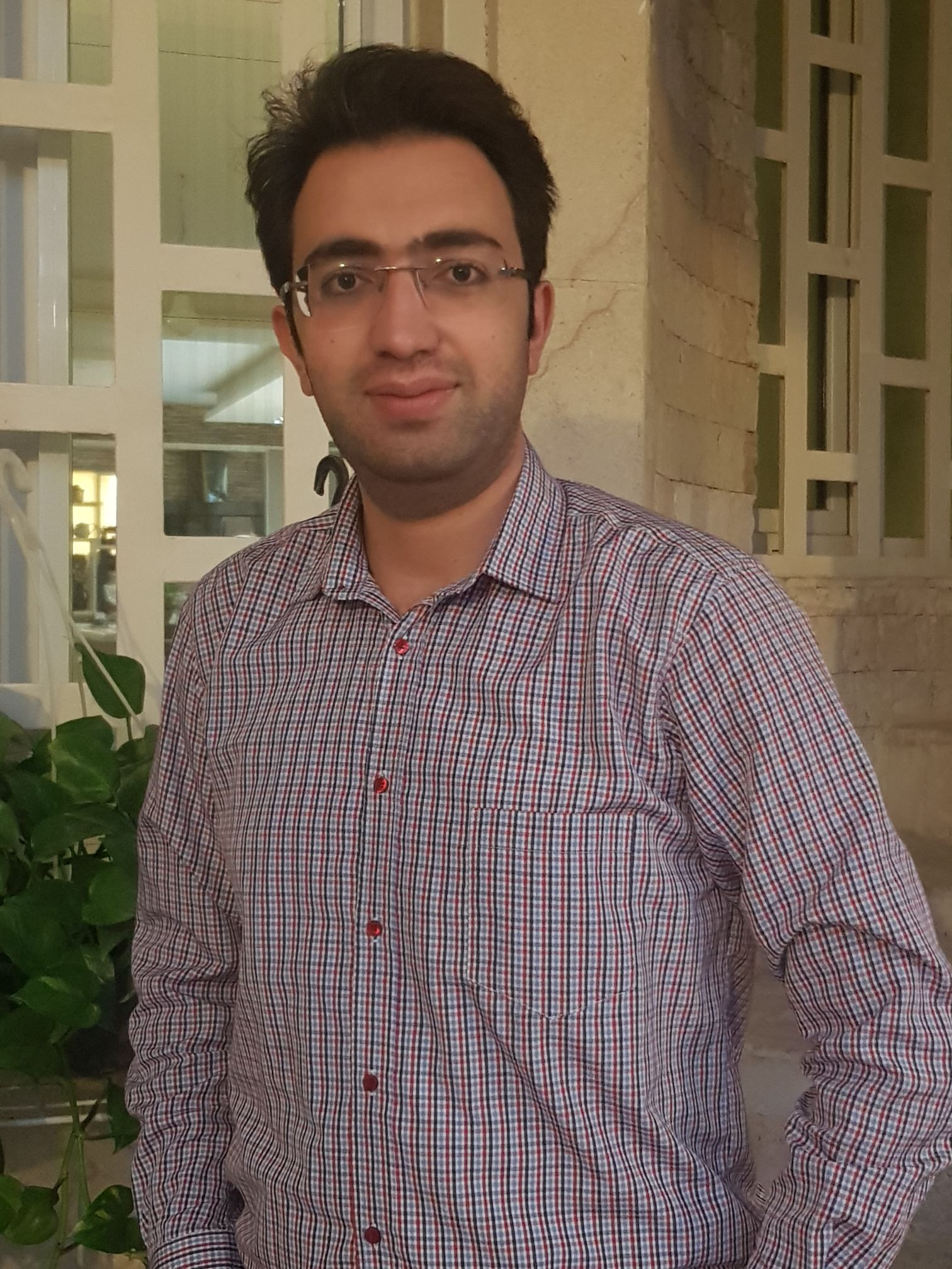 دکتر حمیدرضا زاهری