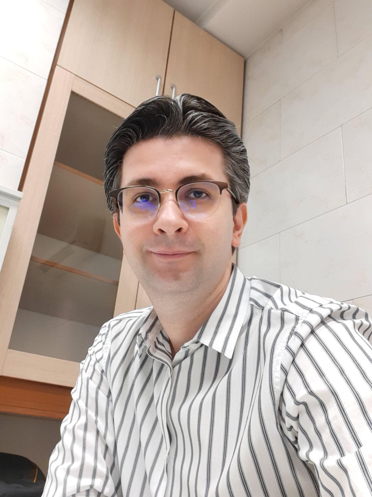 دکتر نوید ایران نژاد