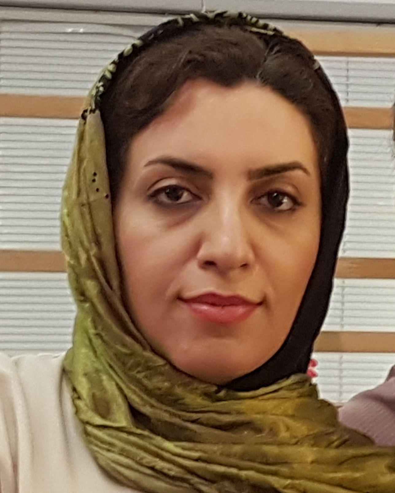 دکتر آرزو داودیان